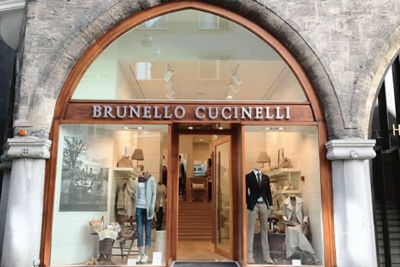 Brunello Cucinelli lusso Borsa