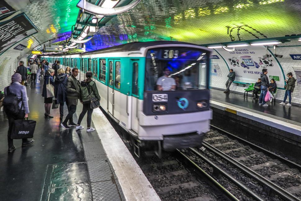 metro parigi ivs