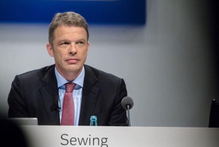 Deutsche Bank Christian Sewing